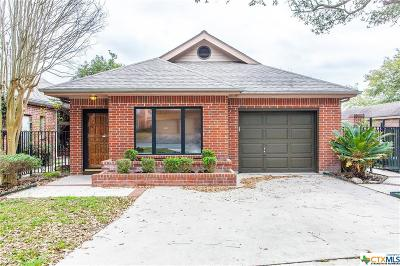 New Braunfels Single Family Home For Sale: 1316 Patio Drive
