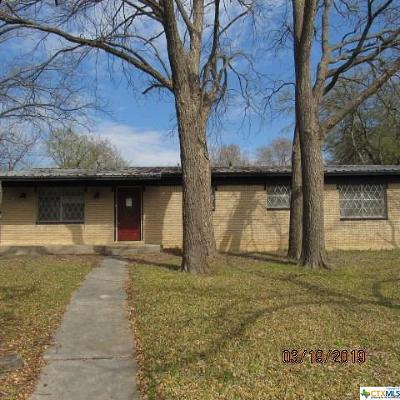 Lampasas Single Family Home For Sale: 1417 W 4th Street