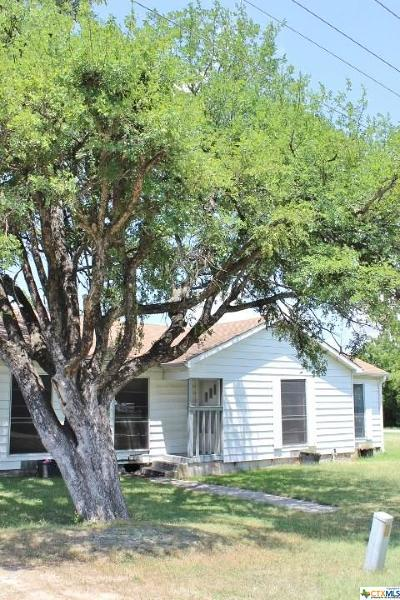 Bell County Single Family Home For Sale: 140 E Prof Powell Boulevard