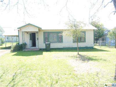 San Marcos TX Single Family Home For Sale: $179,000
