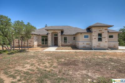 Comal County Single Family Home For Sale: 924 Escada