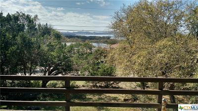 Comal County Single Family Home For Sale: 662 Lonesome
