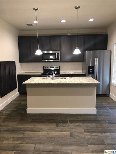New Braunfels Condo/Townhouse For Sale: 939 Langesmill Drive #7B
