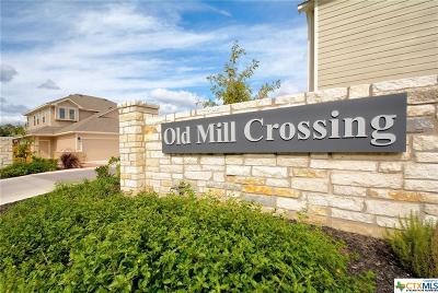 New Braunfels Condo/Townhouse For Sale: 931 Langesmill Drive #8B