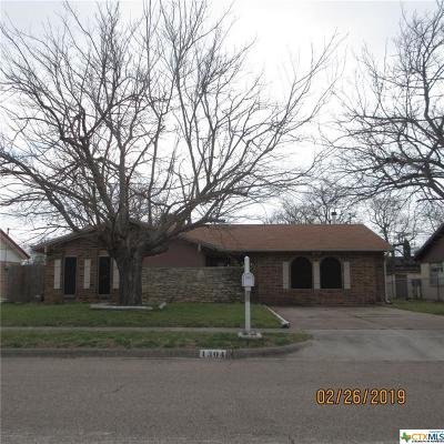 Single Family Home Pending: 1304 Missouri Avenue