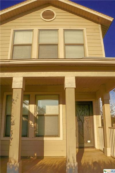 San Marcos Single Family Home For Sale: 1410 Meadow Parkway
