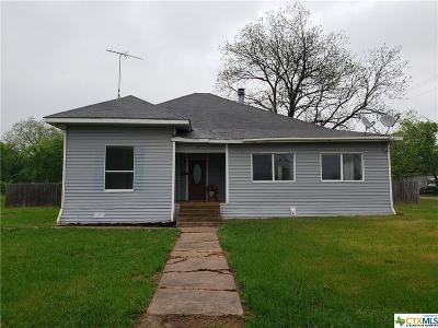 Falls County Single Family Home For Sale: 203 N Third Street