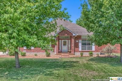 Seguin Single Family Home For Sale: 184 Plantation Drive