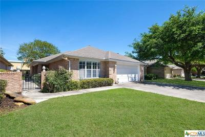 Seguin Single Family Home For Sale: 1522 Eastridge Parkway