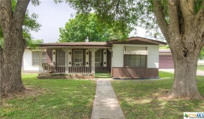 New Braunfels Single Family Home For Sale: 1590 Wald Road