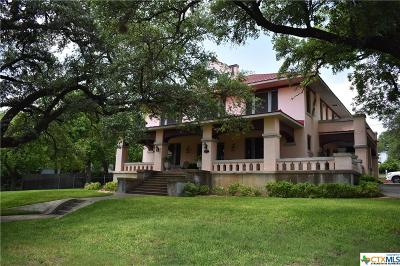 Lampasas Single Family Home For Sale: 401 W 4th Street