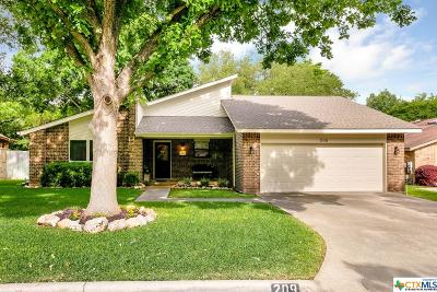 New Braunfels Single Family Home For Sale: 209 Preston Hollow