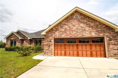New Braunfels Single Family Home For Sale: 1037 Loma Verde