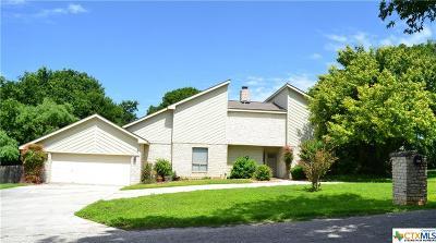 Seguin Single Family Home For Sale: 264 Ridge Crest Drive