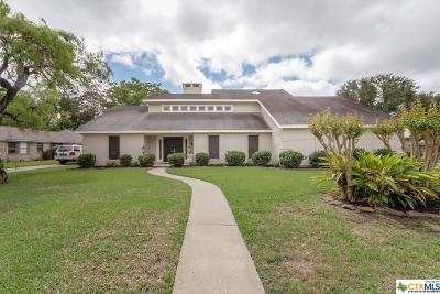 Single Family Home For Sale: 109 Creekside Drive