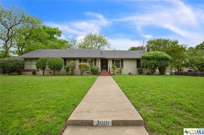 McLennan County Single Family Home For Sale: 3001 Cumberland Avenue