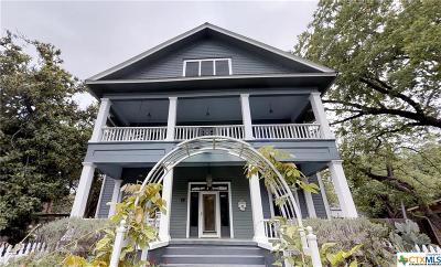 San Marcos Single Family Home For Sale: 1016 W Hopkins Street