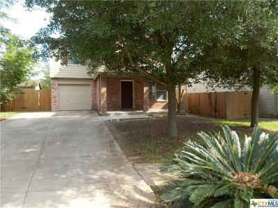 New Braunfels TX Single Family Home For Sale: $179,900