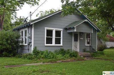 Seguin Single Family Home For Sale: 602 Peach Street
