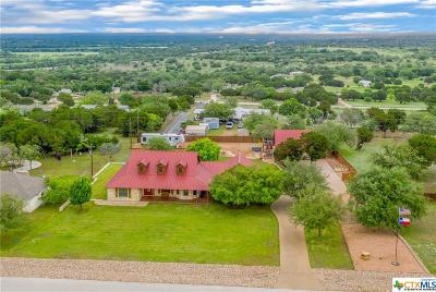 Lampasas Single Family Home For Sale: 307 Sunrise Hills