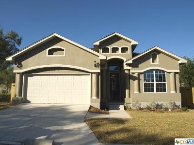 San Antonio Single Family Home For Sale: 6519 Comanche Post