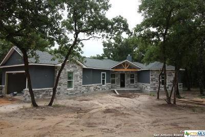 La Vernia Single Family Home For Sale: 263 Cibolo Ridge Drive