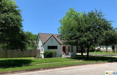 Milam County Single Family Home For Sale: 508 N Central Avenue