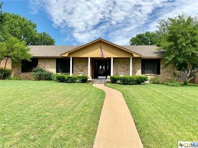 Gatesville Single Family Home For Sale: 106 Sunny Lane