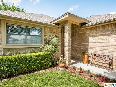 Seguin Single Family Home For Sale: 1506 Eastridge Parkway