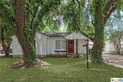 Temple TX Single Family Home For Sale: $110,000