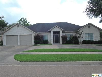 Single Family Home For Sale: 204 Crosswind Drive