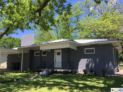 Burnet County Single Family Home For Sale: 601 N Pierce