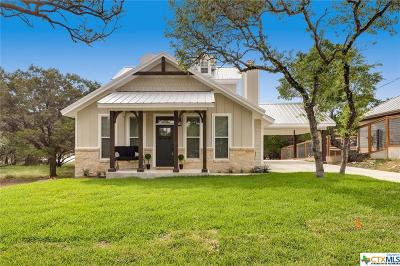 Canyon Lake Single Family Home For Sale: 1490 Riviera Drive