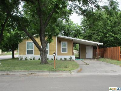 Lampasas Single Family Home For Sale: 302 N Park Street