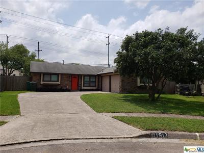Live Oak Single Family Home For Sale: 11917 Smoking Oaks Street