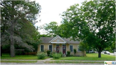 Lampasas Single Family Home For Sale: 204 S Main Street