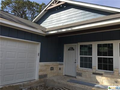 Canyon Lake Single Family Home For Sale: 681 Canyon Bend