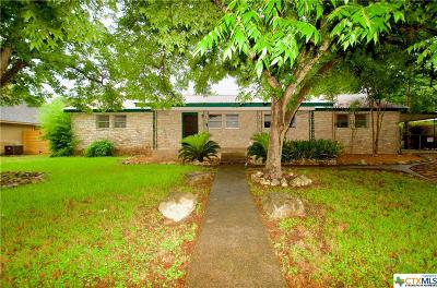 San Marcos Single Family Home For Sale: 702 Chicago Street
