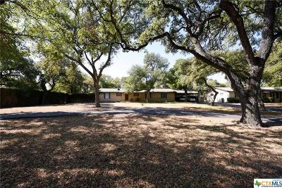 San Marcos Single Family Home For Sale: 107 Suttles Avenue