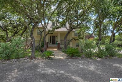 Canyon Lake Single Family Home For Sale: 711 Lazy Oaks Drive