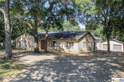 San Marcos Single Family Home For Sale: 421 Lazy Lane