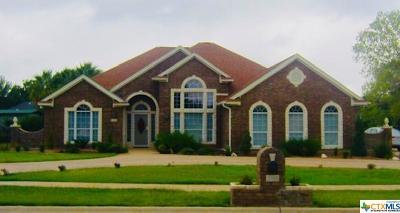 Killeen Single Family Home For Sale: 1803 S Roy Reynolds Drive