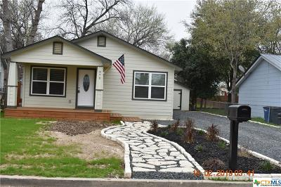 New Braunfels Single Family Home For Sale: 970 N Liberty Avenue