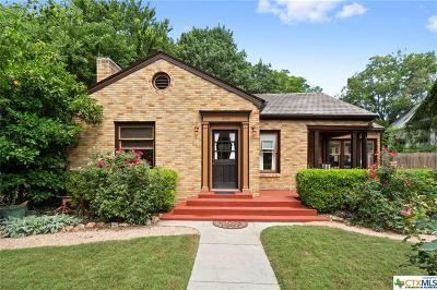 San Marcos Single Family Home For Sale: 608 W Hopkins Street
