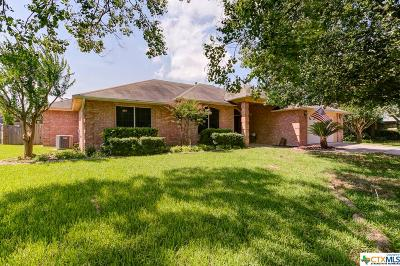 New Braunfels Single Family Home For Sale: 1053 Memorial Circle