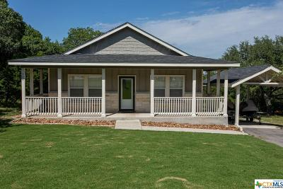 Comal County Single Family Home For Sale: 106 W Outer Drive