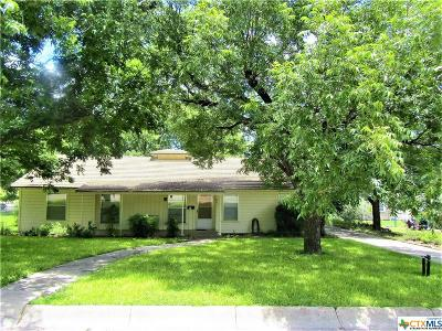 Lampasas Single Family Home For Sale: 601 S Howe Street