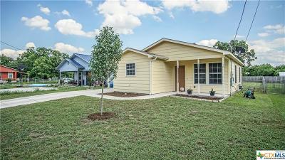 Single Family Home For Sale: 307 Mesquite Street