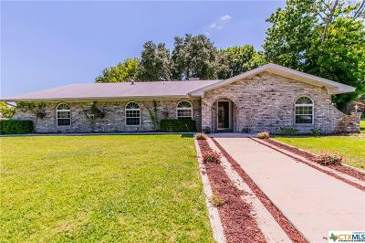 Harker Heights Single Family Home For Sale: 704 E Woodlawn Drive
