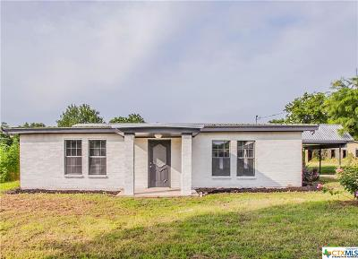 Milam County Single Family Home For Sale: 507 E 1st Street